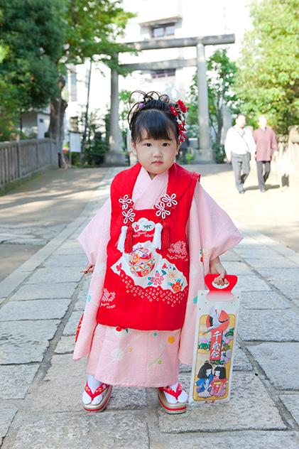 根津神社に出張撮影した三歳の七五三